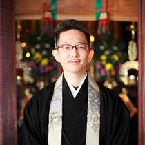 中村孝雄(写真)